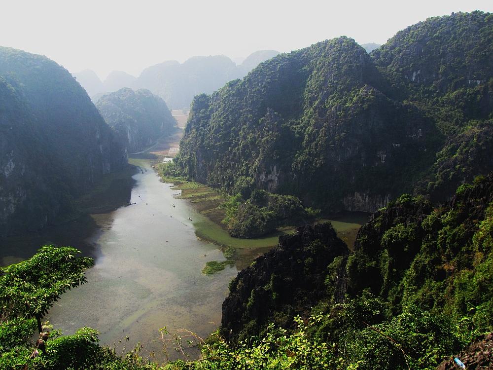fietstocht langs de karstbergen van Ninh Binh2