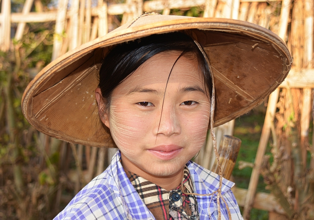 portraits of the world;  myanmar22