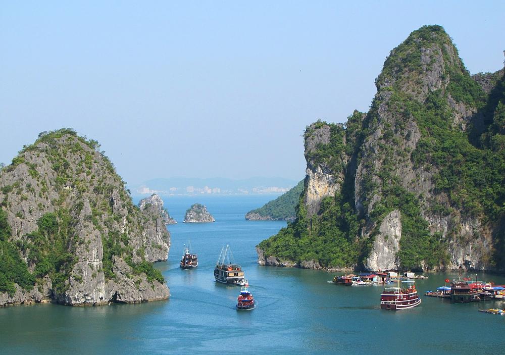 Halong Bay, must see in noord Vietnam | My Footprints