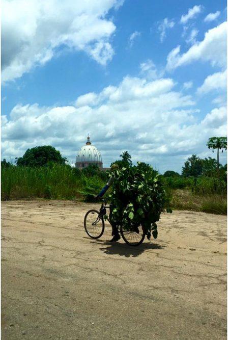 baseliek van Yamoussoukro, Ivoorkust