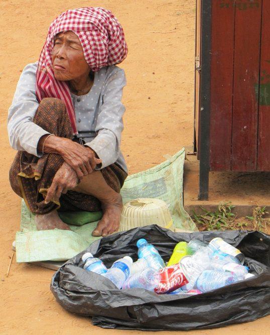 recycling plastic, Angkor