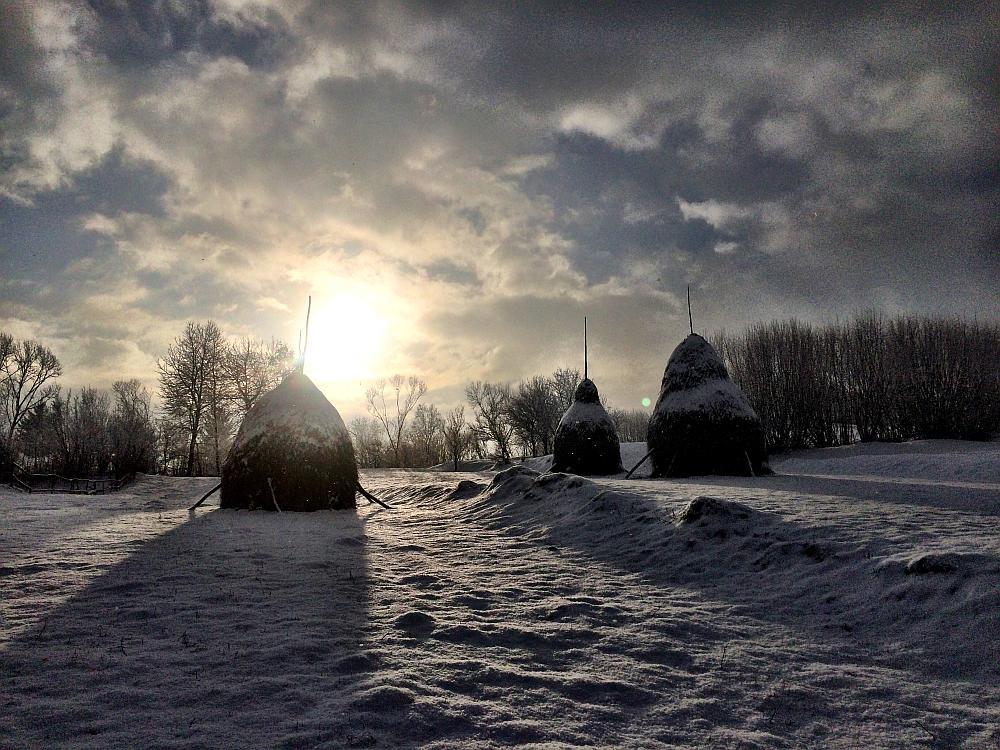 hooibergen platteland Roemenië