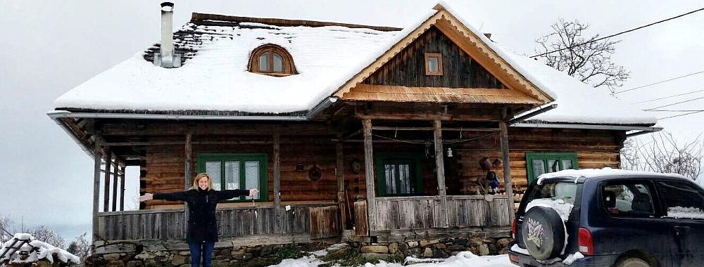 Typisch houten huis in Roemenië