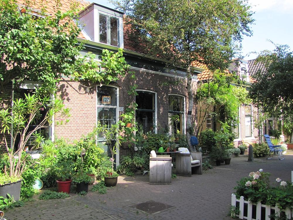 wandeling bij Scheveningen, vissershuisjes
