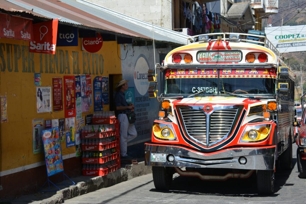 chickenbus Guatemala