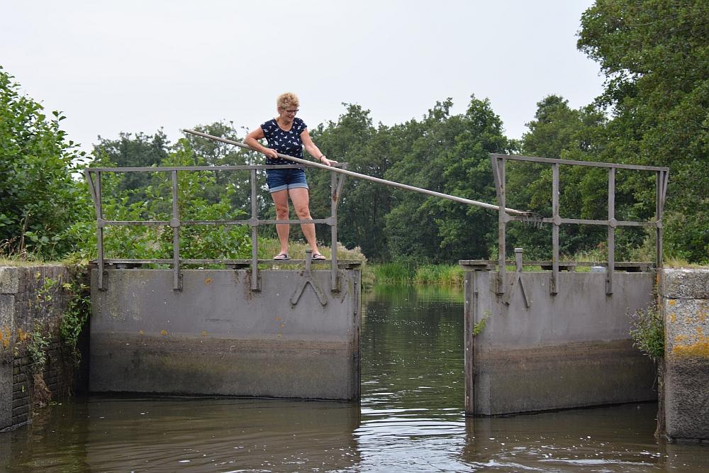 Friese wouden varen met E sloep