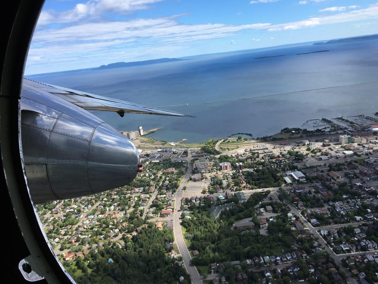 emigreren naar Canada Thunderbay en lake Superior vanuit de lucht