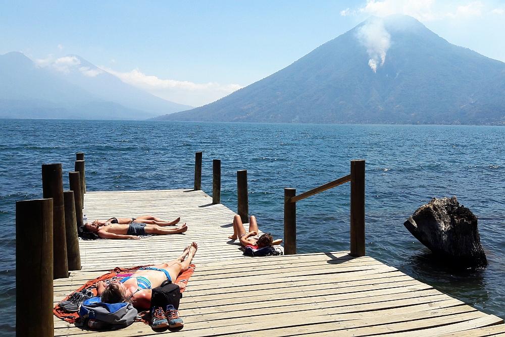 meer van Atitlan zwemmen