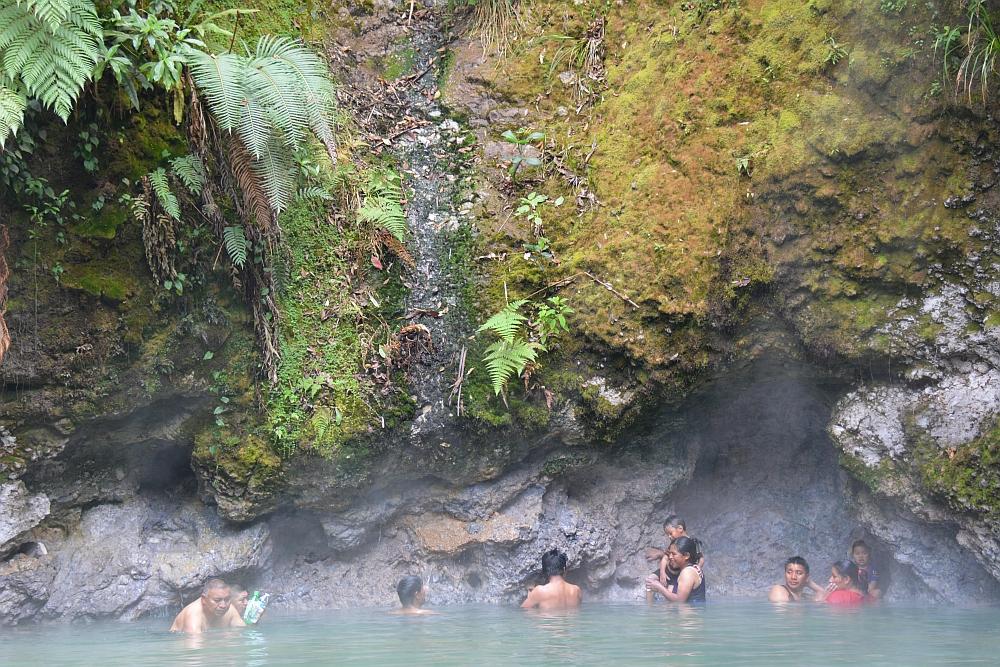 van het gebaande pad in Guatemala Las Fuentas Georginas