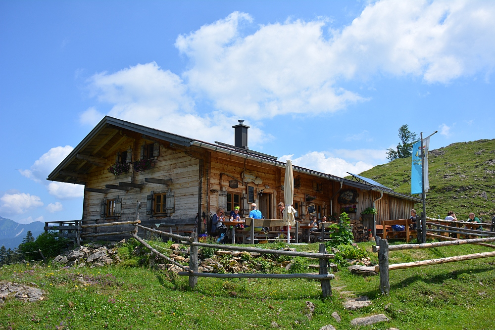 wandelen in de Beierse Alpen berghut Stoibermöseralm