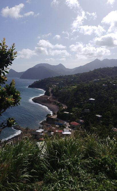Vergezicht in het zuiden van Dominica