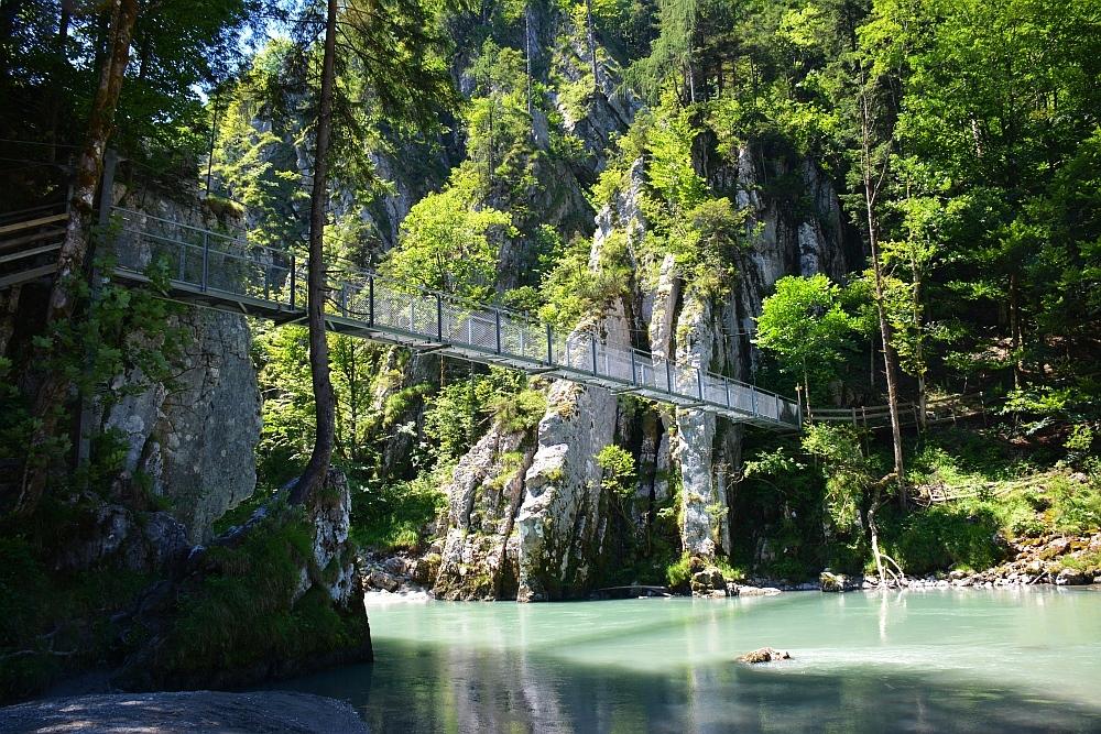 Smokkelaarsroute in de Beierse Alpen hangbrug over de Tiroler Achen