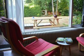 Walk of Wisdom Bed and Breakfast Down Tuin luie stoelen