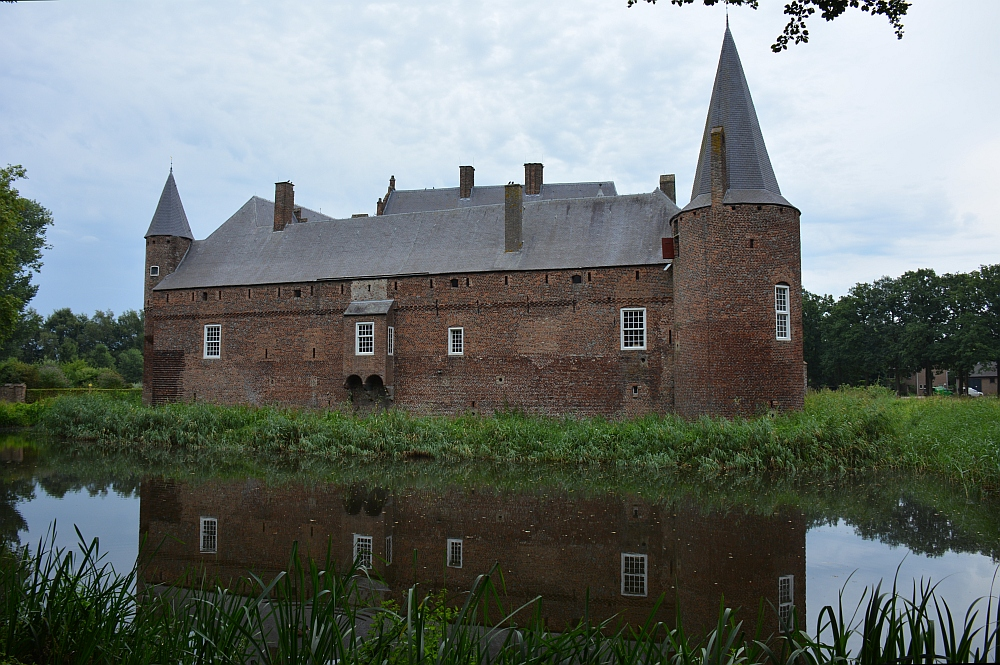 Walk of Wisdom van Hernen naar Winssen kasteel Hernen