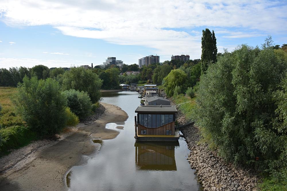 Walk of Wisdom van Nijmegen naar Groesbeek woonboten Ooijpolder
