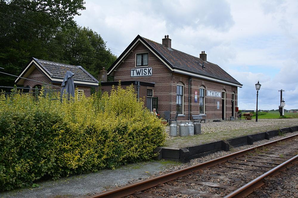Treinstation Twisk traject stoomtrein Hoorn Enkhuizen