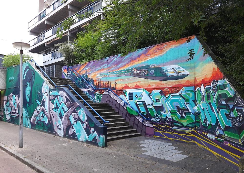 streetart in Eindhoven bij fietstunnel Lofzang