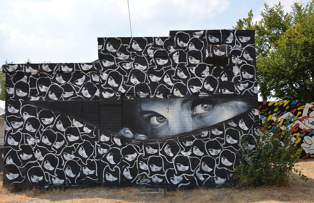 streetart in Eindhoven boven de Berenkuil