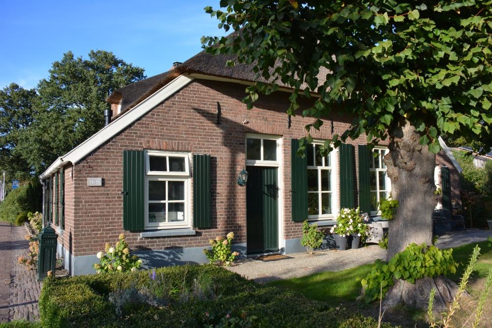 B&B Woonboerderij Dijkerhoek authentiek van buiten maar modern van binnen
