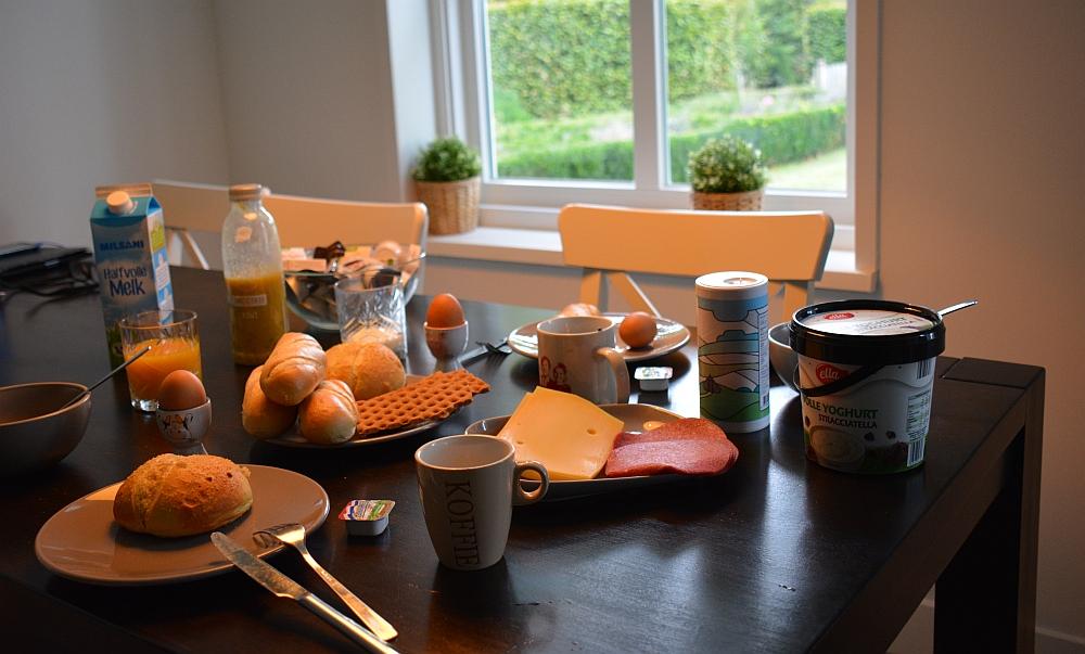 B&B Woonboerderij Dijkerhoek ontbijt