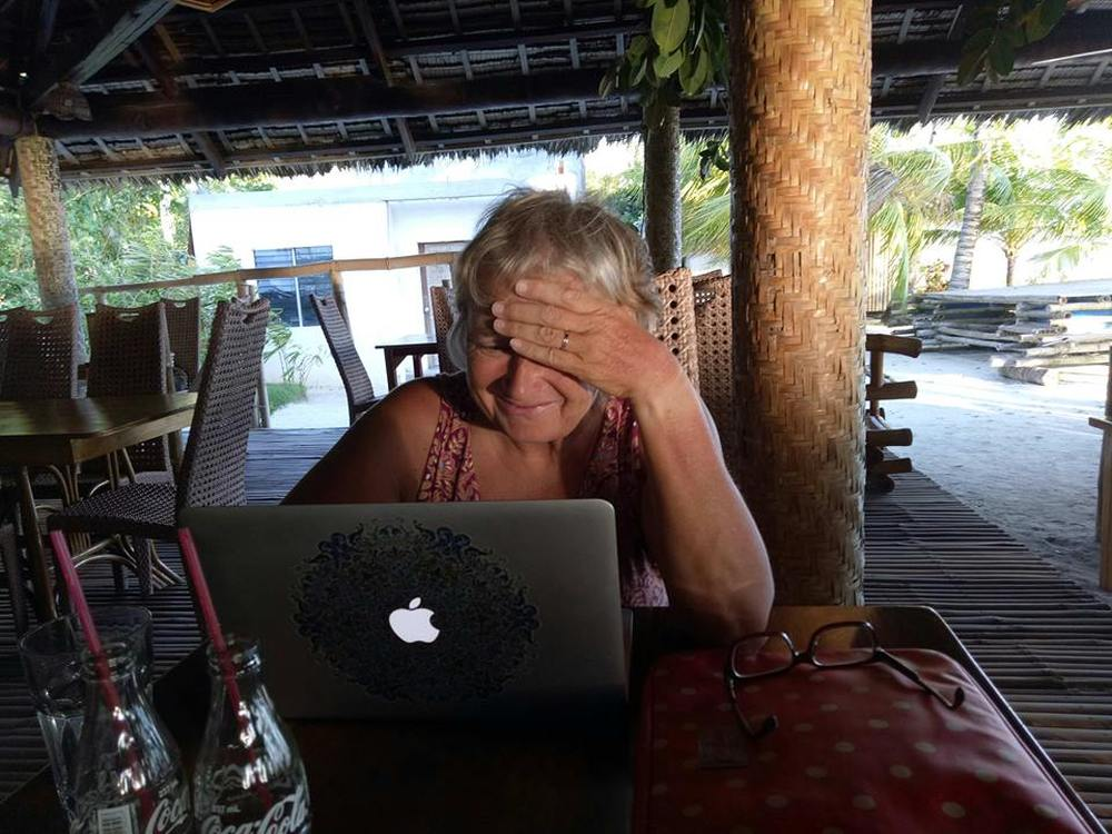 Emigreren naar de Filipijnen aan het werk in het Coral Cay resort
