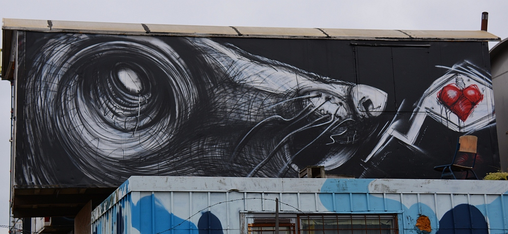 Street Art in Amsterdam NSDM Werf op een container
