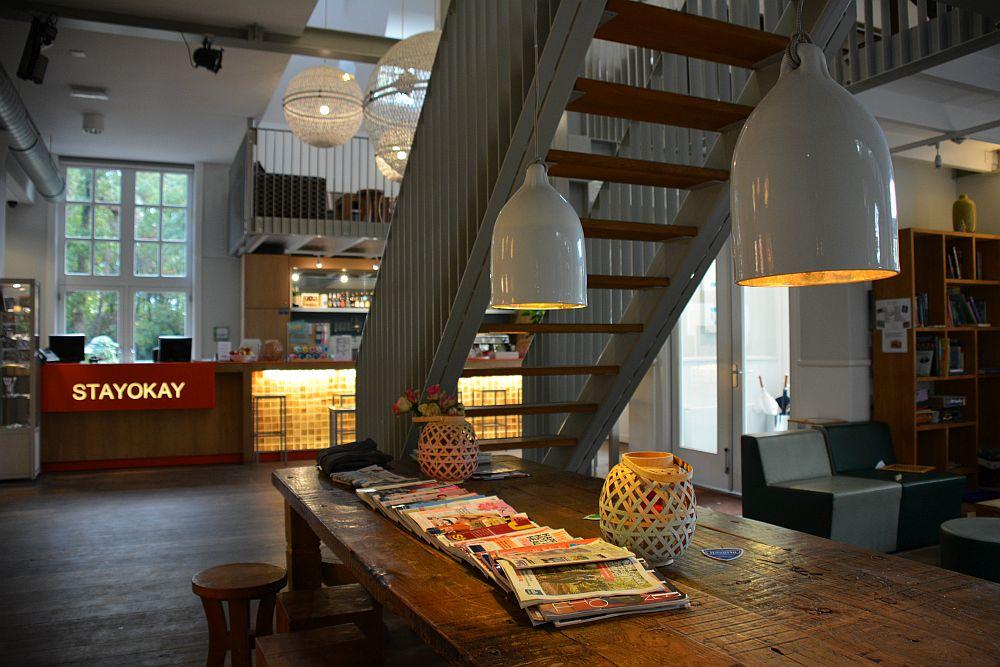 Wandelen in Soest lobby Stayokay Soest
