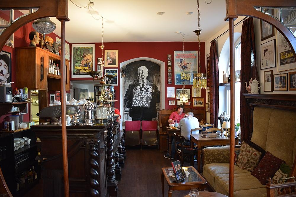 etappe van de Eifelsteig Café Sherlock in Hillesheim