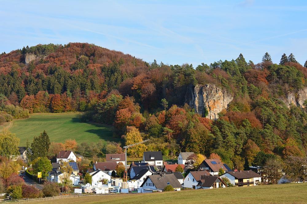 etappe van de Eifelsteig uitzicht op de Gerolsteiner Dolomieten