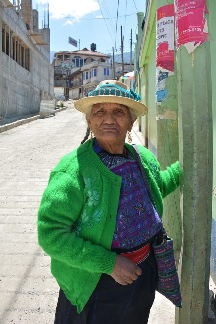 portraits of the world guatemala vrouw in Todos santos