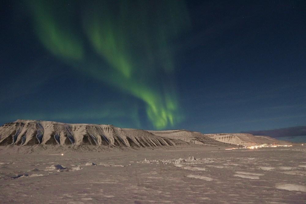 Leukste Europese eilanden het Noorderlicht op Spitsbergen