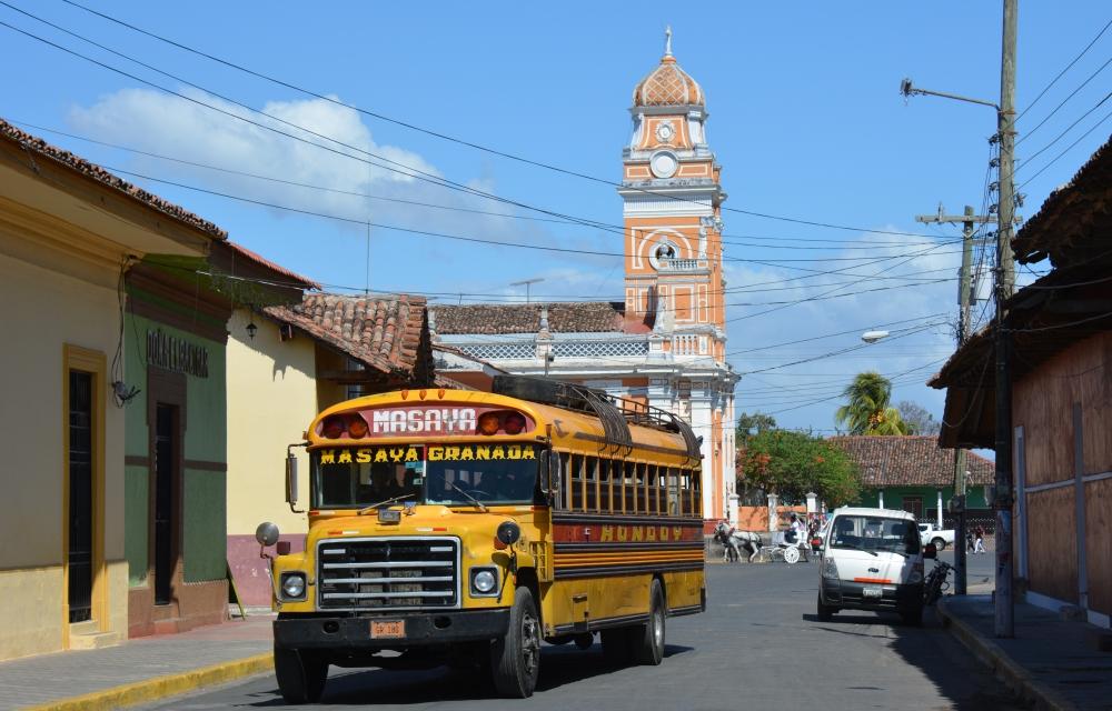 Nicaragua backpacken de Chickenbus in Granada Nicaragua