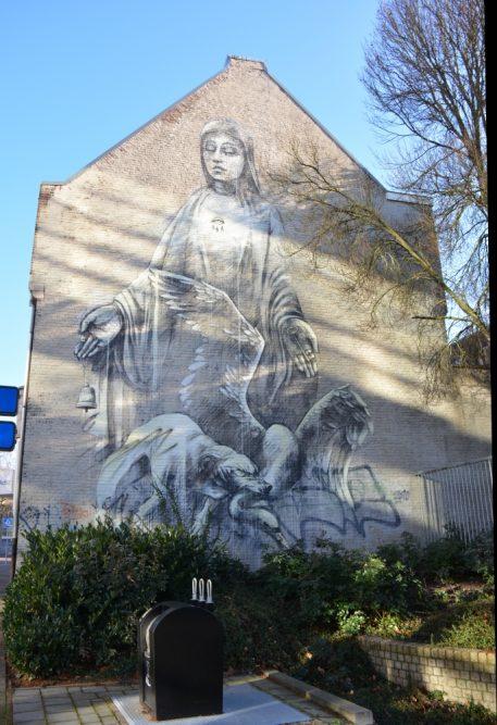 Street Art Heerlen Alas how Pityful Faith 47