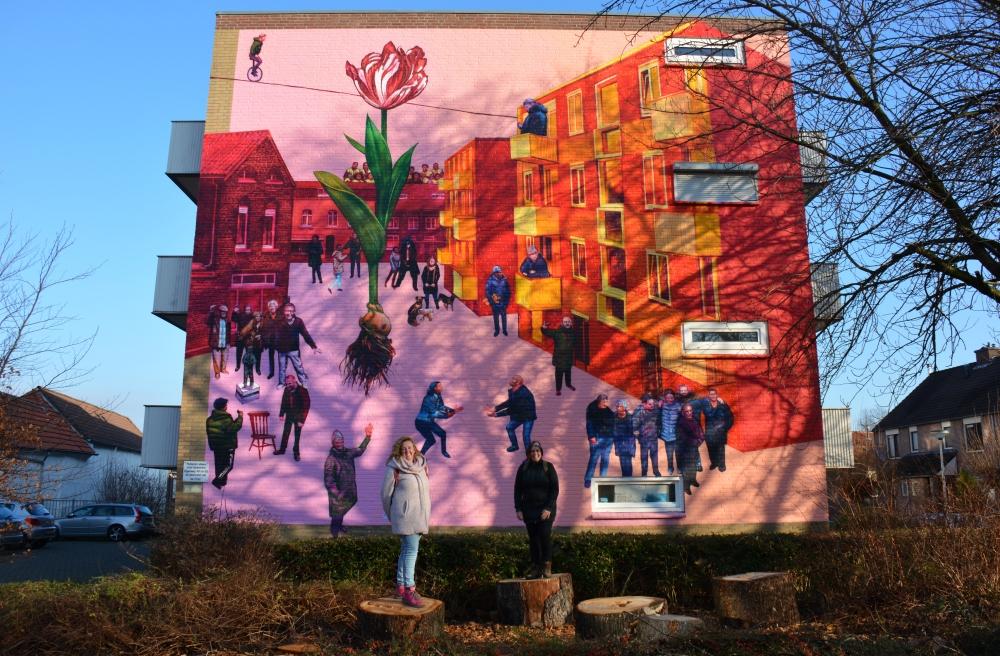 Streetart Heerlen, kerkstraat The Tree is Blloming van Gaia