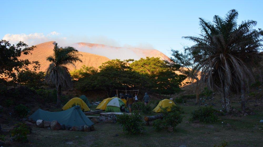 campsite hike op de Telica vulkaan Nicaragua