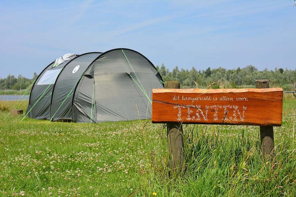 kamperen in de Biesbosch natuurkampeerterrein de Knotwilg