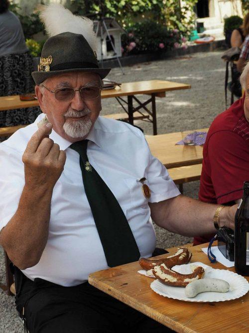 weisswurst in Biergarten Duitsland