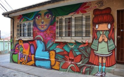 Street art at Valparaiso Chile