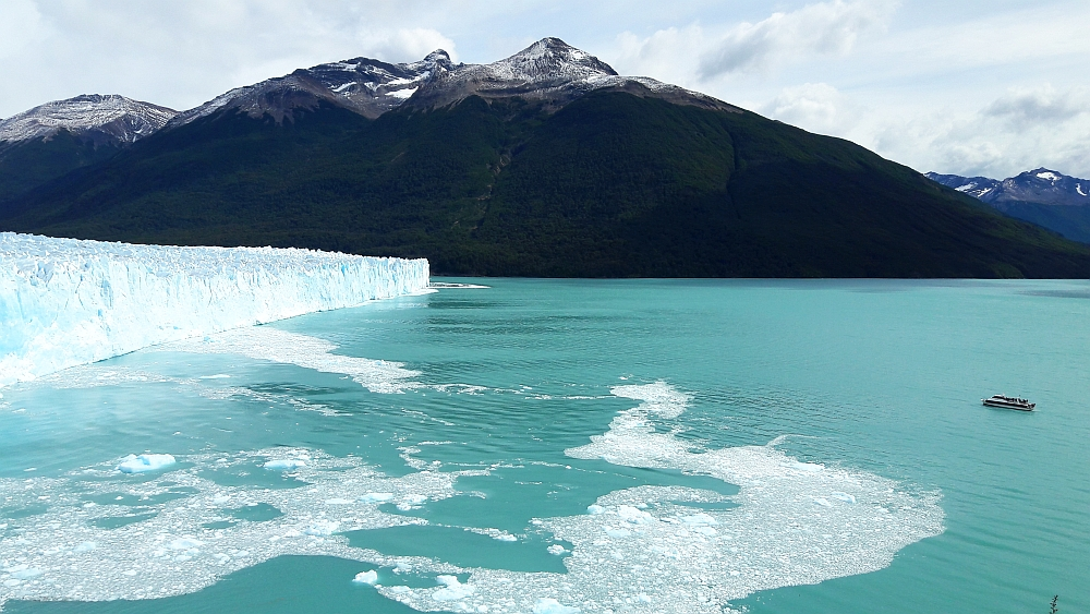 boot bij Perito Moreno Patagonië