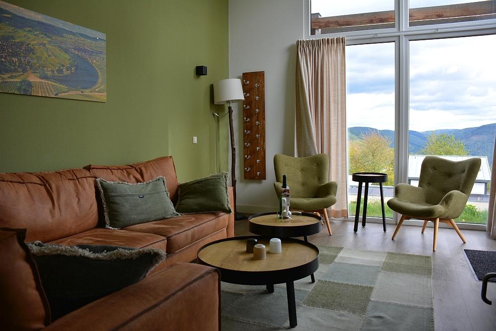 Huiskamer 6 persoons eco bungalow Landal Mont Royal Duitse Moezel