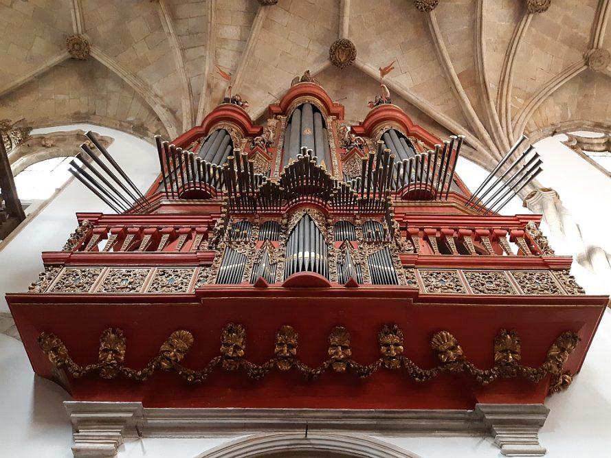 orgel in Igreja de Santa Cruz Coimbra
