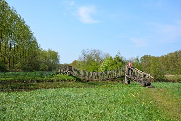 brug voor wandelaars over de Beerze Oirschot