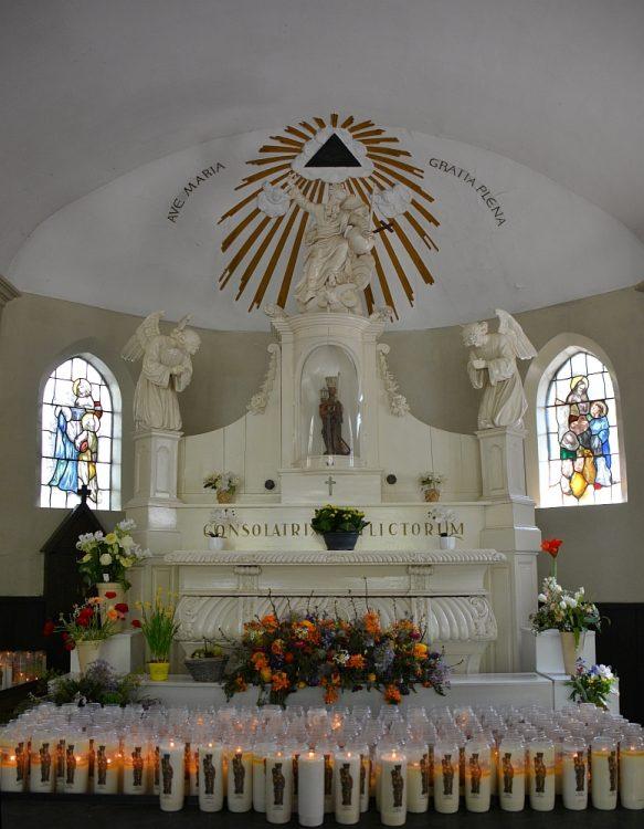interieur kapel van de Heilige Eik Oirschot