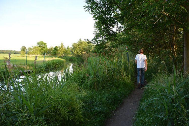 wandelen langs de Brabantse Dommel bij Volmolen Waalre