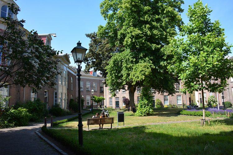 binnen in het Oude Bornhof stadswandeling Zutphen
