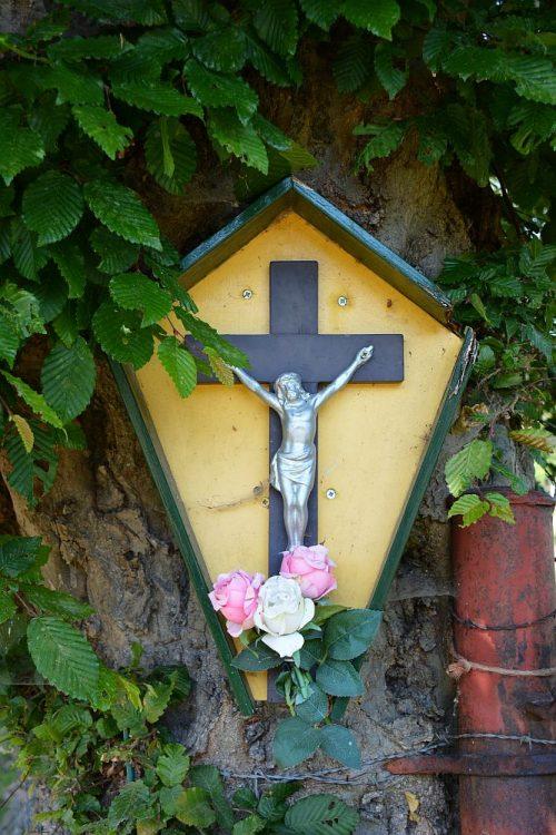 kruis met Christusbeeld Vijlen Limburg