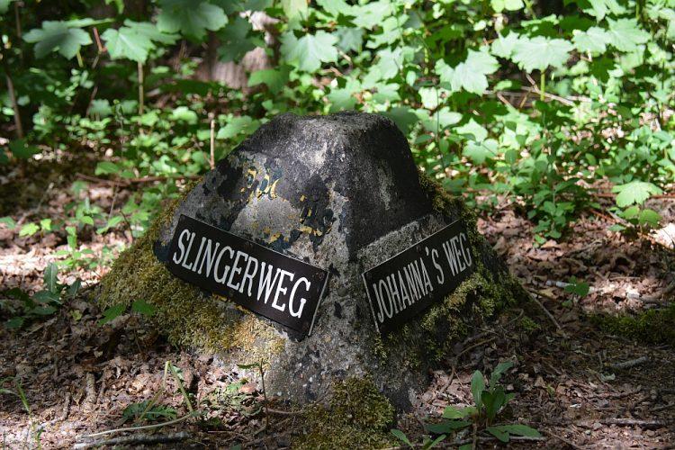 straatnamen op oude stenen Noordhollands Duinreservaat Groene Wissel Castricum