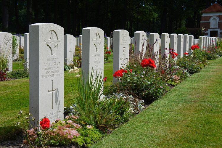 Airborne Begraafplaats Oosterbeek Arnhem