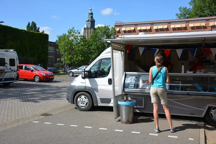 lekkerbekjes kopen bij de visboer in Zutphen