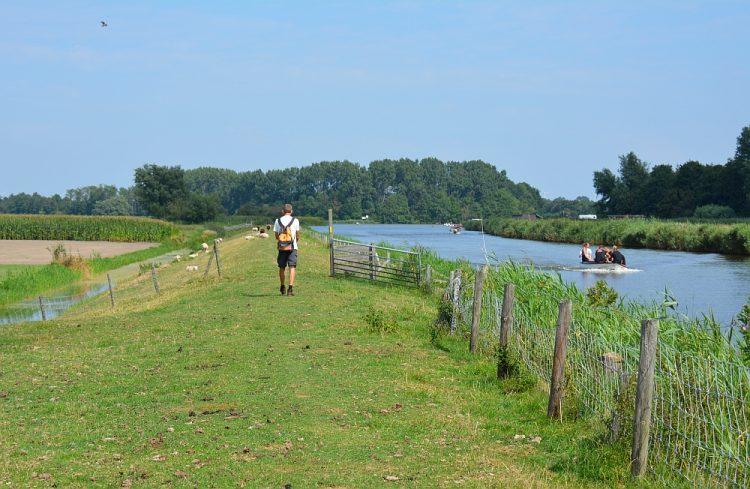 wandelen langs het Kanaal Alkmaar Kolhorn